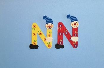 Clownbuchstabe N